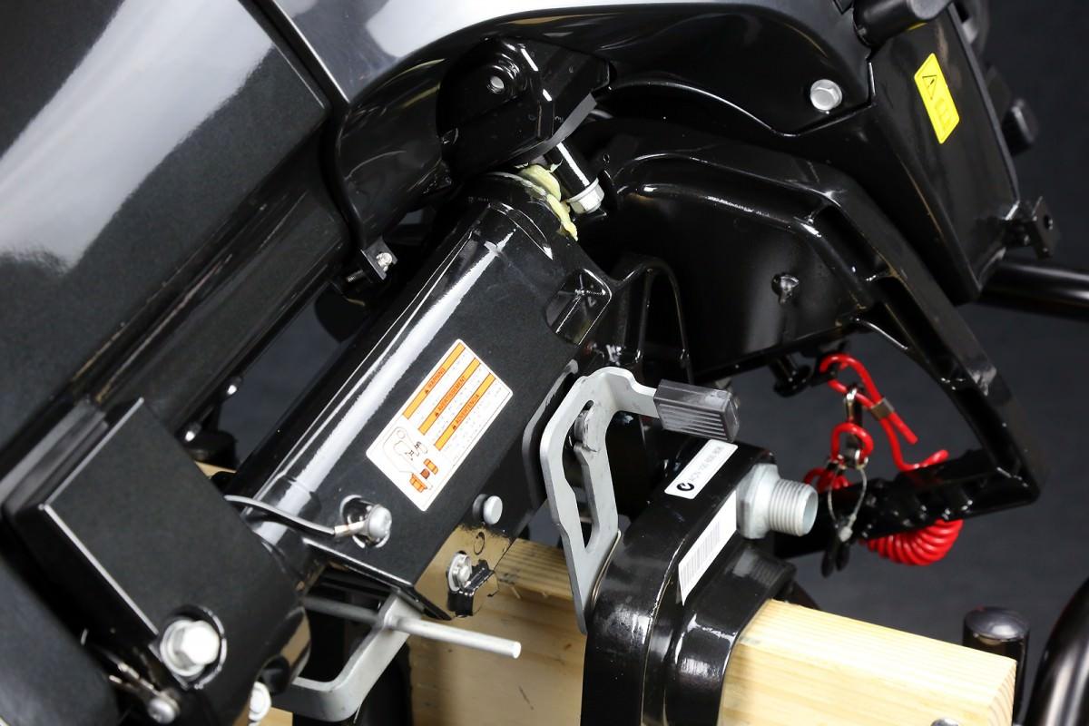 установка аккумулятора на лодочный мотор